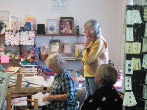The Inkle weavers group - camaraderie & weaving - delightful