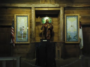 Quilts on display at church in Dollywood